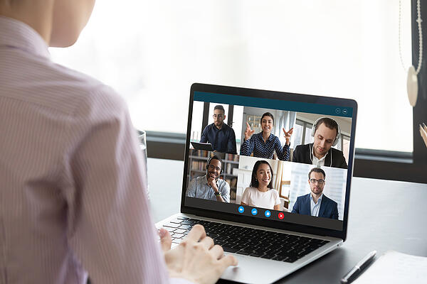 Remote Virtual Worker-Computer-Screen-View-During-Group online session